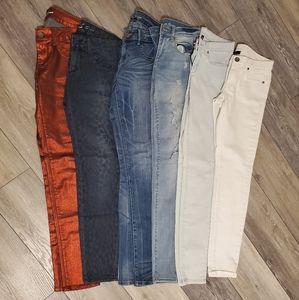 6 Pair VICTORIAS SECRET Jeans Blue Red White Black